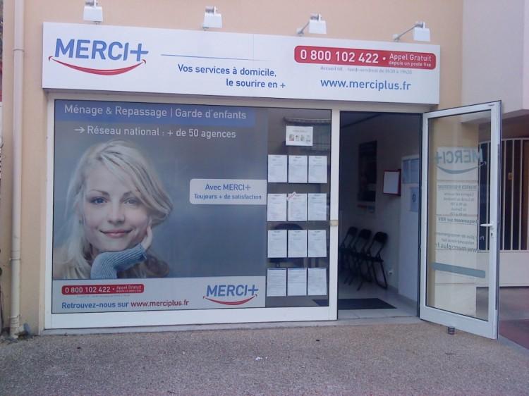 Ménage à domicile Merci + : compétence et sourire partout en France…