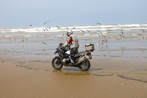 Les voyages aventure en moto Monsieur Pingouin